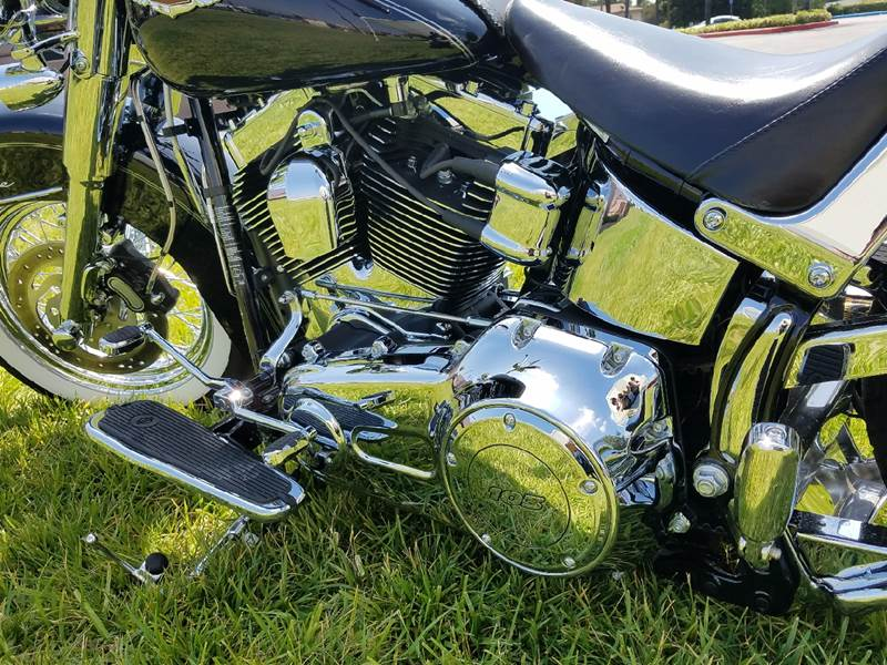 2014 Harley-Davidson Deluxw chromed out - Covina CA