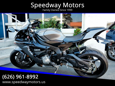 2016 Yamaha YZF-R1 for sale at Speedway Motors in Glendora CA
