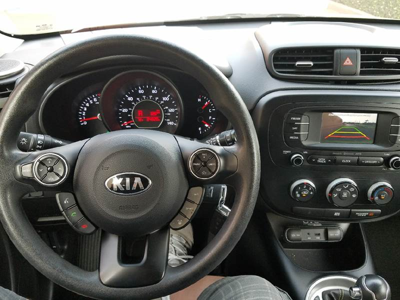 2015 Kia Soul + 4dr Wagon - Covina CA