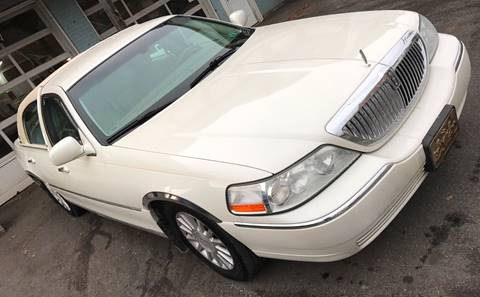 2004 Lincoln Town Car for sale in Bangor, PA