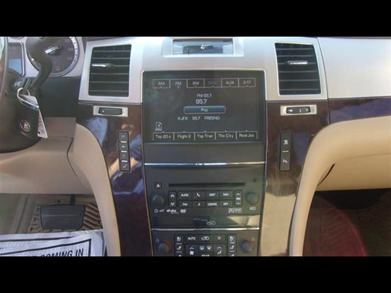 2011 Cadillac Escalade AWD Luxury 4dr SUV - Fresno CA