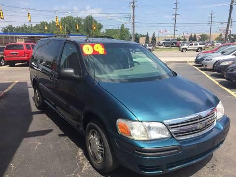 2004 Chevrolet Venture for sale in Warren, MI