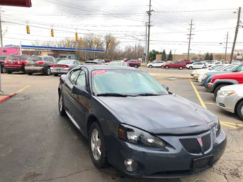 2008 Pontiac Grand Prix for sale in Warren, MI