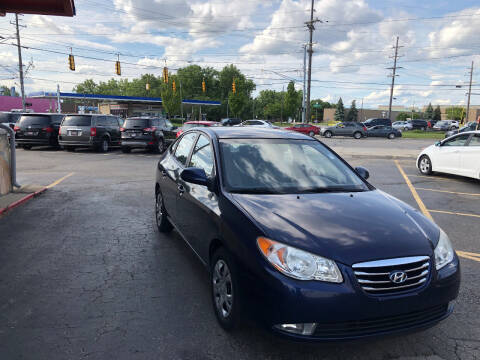 2010 Hyundai Elantra for sale at Drive Max Auto Sales in Warren MI