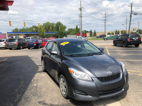 2010 Toyota Matrix for sale at Drive Max Auto Sales in Warren MI