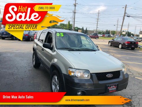 2005 Ford Escape for sale at Drive Max Auto Sales in Warren MI