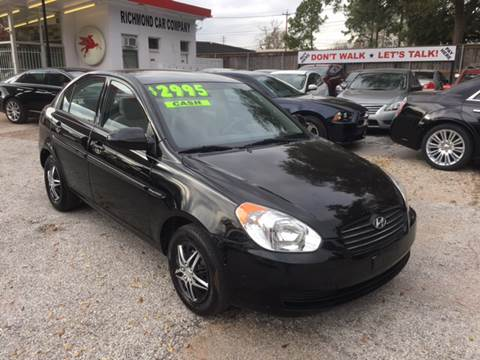 2009 Hyundai Accent for sale at Richmond Car Co in Richmond TX