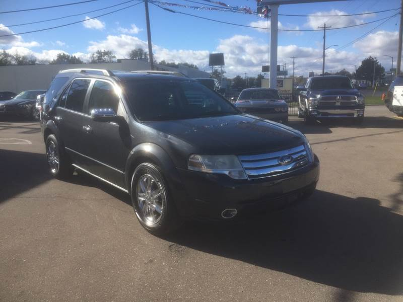 2008 Ford Taurus X car for sale in Detroit