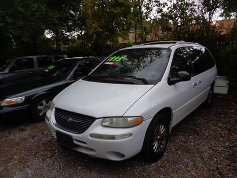 1999 Chrysler Town and Country for sale in Houston, TX