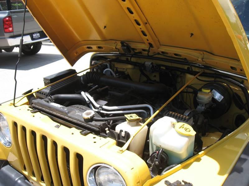 2004 Jeep Wrangler Sport 4WD 2dr SUV - Ellijay GA
