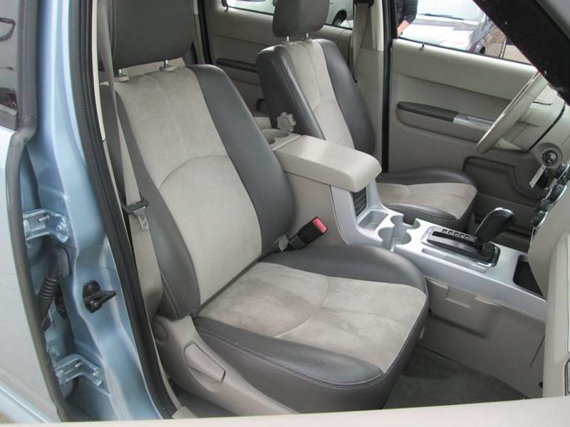 2008 Mercury Mariner AWD Premier 4dr SUV - Uhrichsville OH