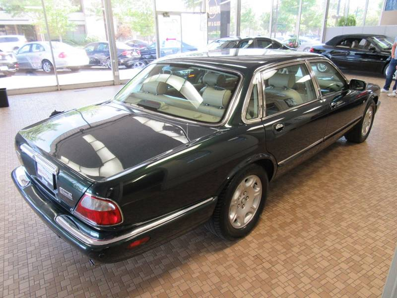 2001 Jaguar XJ-Series for sale at Redefined Auto Sales in Skokie IL