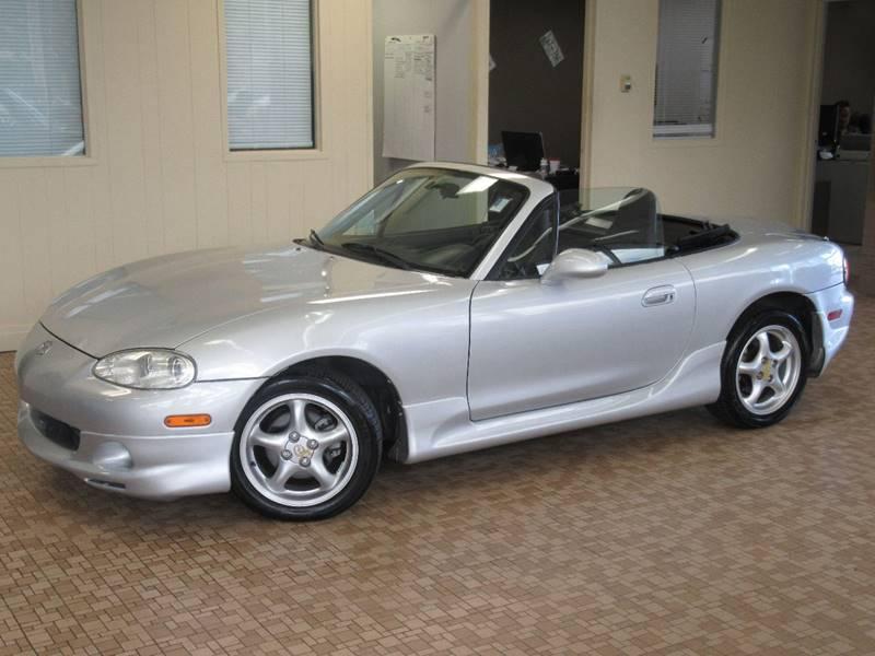 2001 Mazda MX-5 Miata for sale at Redefined Auto Sales in Skokie IL