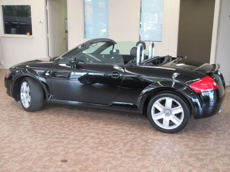 2004 Audi TT for sale at Redefined Auto Sales in Skokie IL