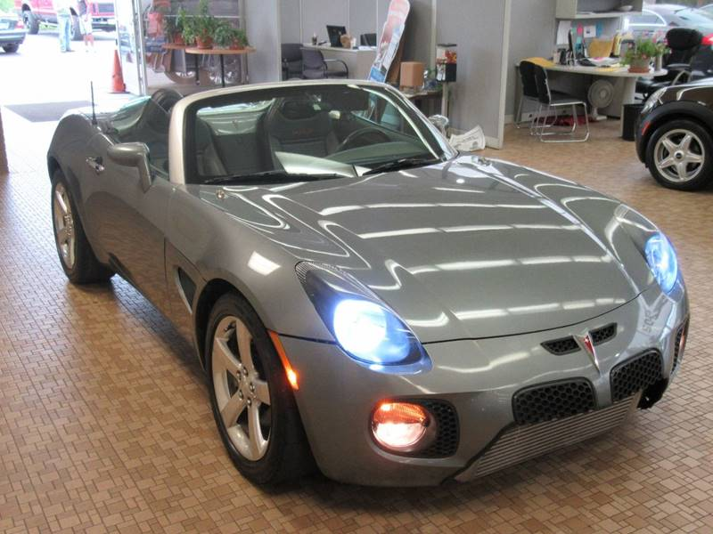 2007 Pontiac Solstice for sale at Redefined Auto Sales in Skokie IL