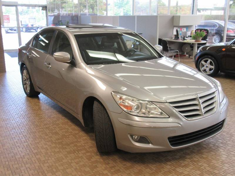 2009 Hyundai Genesis for sale at Redefined Auto Sales in Skokie IL