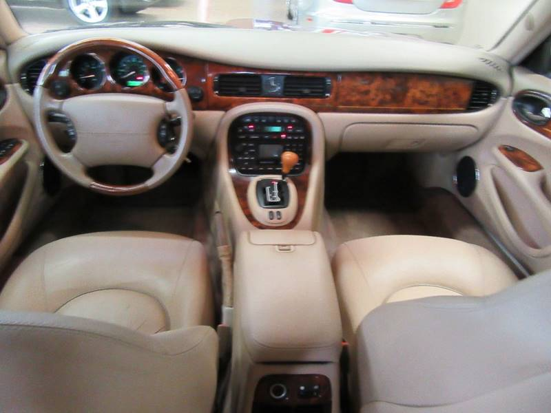 2002 Jaguar XJ-Series for sale at Redefined Auto Sales in Skokie IL