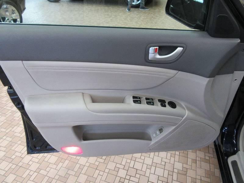 2006 Hyundai Sonata for sale at Redefined Auto Sales in Skokie IL