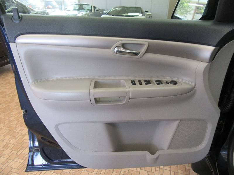2007 Saturn Outlook for sale at Redefined Auto Sales in Skokie IL