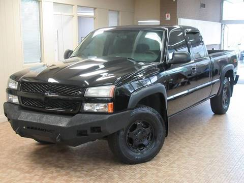 2004 Chevrolet Silverado 1500 for sale at Redefined Auto Sales in Skokie IL