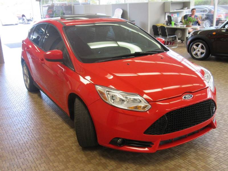 2013 Ford Focus for sale at Redefined Auto Sales in Skokie IL