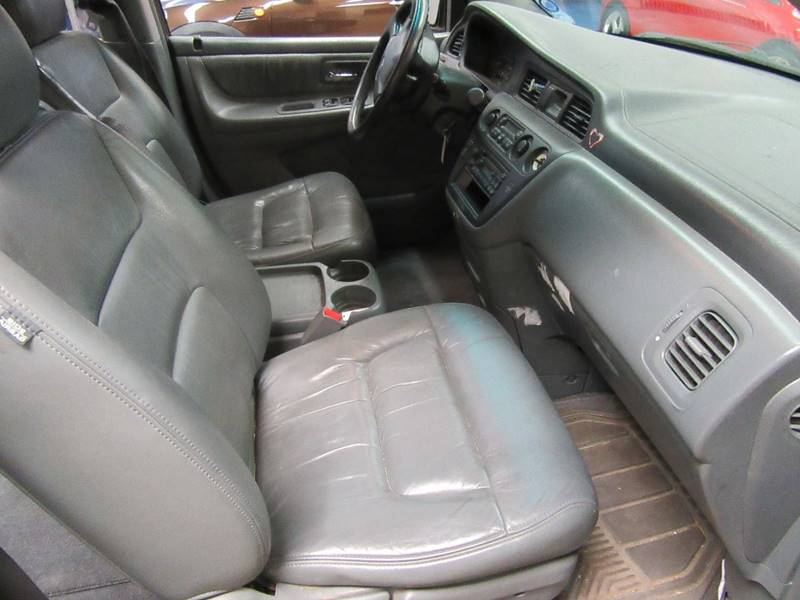 2003 Honda Odyssey for sale at Redefined Auto Sales in Skokie IL