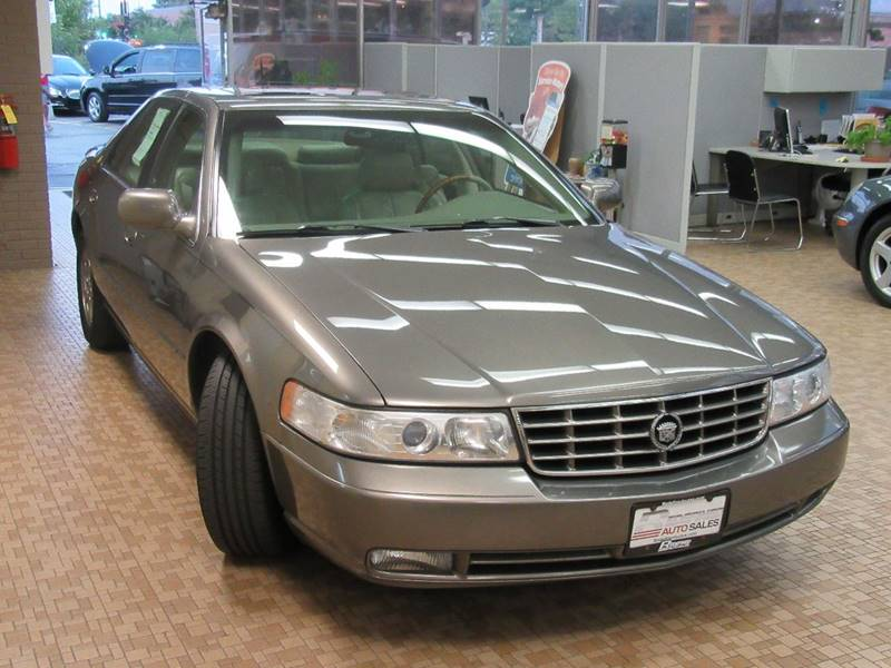1998 Cadillac Seville for sale at Redefined Auto Sales in Skokie IL