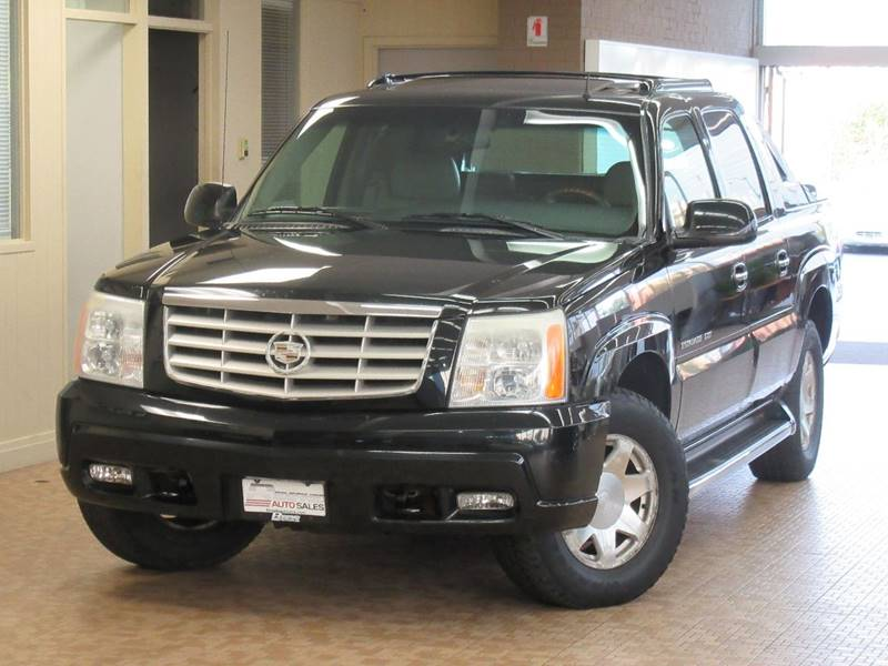 2002 Cadillac Escalade EXT for sale at Redefined Auto Sales in Skokie IL