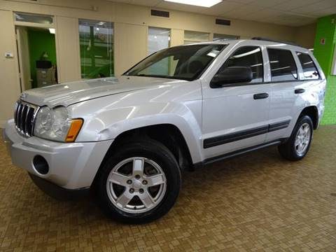 2005 Jeep Grand Cherokee for sale at Redefined Auto Sales in Skokie IL