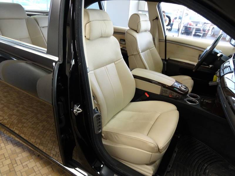 2007 BMW 7 Series for sale at Redefined Auto Sales in Skokie IL