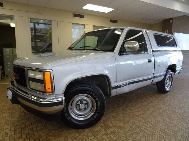1993 GMC Sierra 1500 for sale at Redefined Auto Sales in Skokie IL