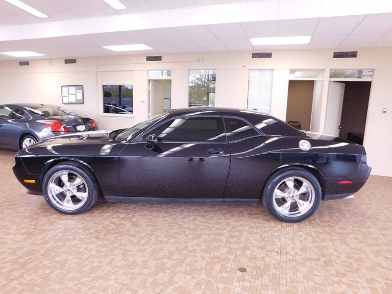 2010 Dodge Challenger for sale at Redefined Auto Sales in Skokie IL
