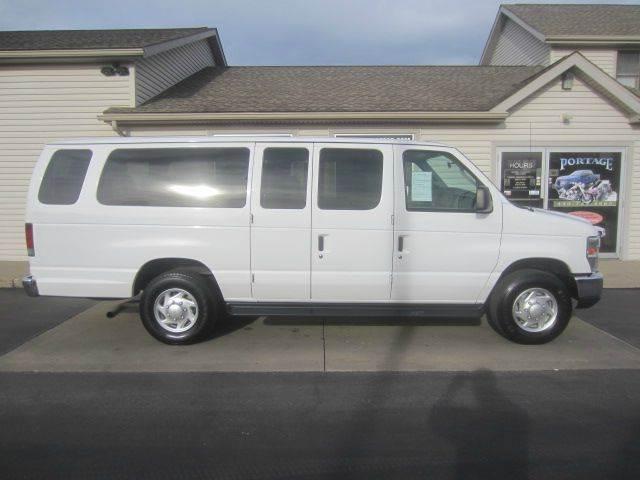 Ford E Series Wagon E  Sd Xlt Dr Extended Passenger Van