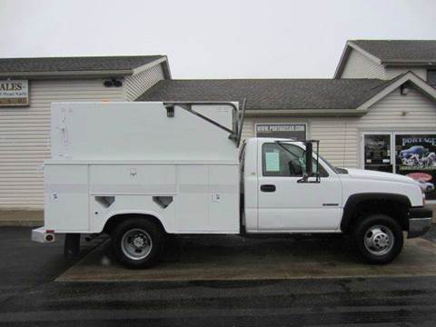 2005 CHEVY C3500 ENCLOSED UTILITY for sale at Portage Car & Truck Sales Inc. in Akron OH