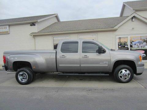 2009 GMC Sierra 3500HD for sale at Portage Car & Truck Sales Inc. in Akron OH