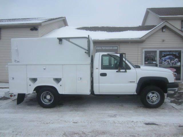 2005 Chevrolet Silverado 3500 for sale at Portage Car & Truck Sales Inc. in Akron OH