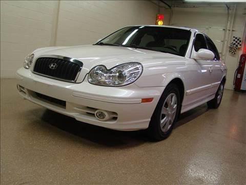 2004 Hyundai Sonata for sale at Luxury Auto Finder in Batavia IL