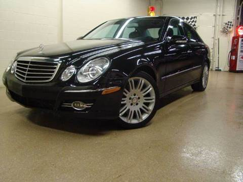 2008 Mercedes-Benz E-Class for sale at Luxury Auto Finder in Batavia IL