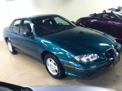 1998 Pontiac Grand Am for sale at Luxury Auto Finder in Batavia IL
