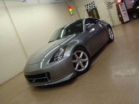 2006 Nissan 350Z for sale at Luxury Auto Finder in Batavia IL
