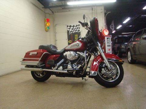 2005 Harley-Davidson ELECTRA GLIDE CLASSIC for sale at Luxury Auto Finder in Batavia IL