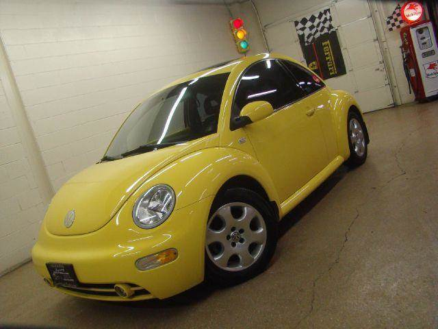 2002 Volkswagen New Beetle for sale at Luxury Auto Finder in Batavia IL