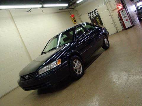 1997 Toyota Camry for sale at Luxury Auto Finder in Batavia IL