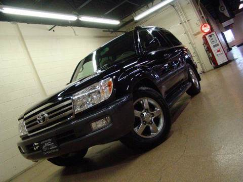 2006 Toyota Land Cruiser for sale at Luxury Auto Finder in Batavia IL