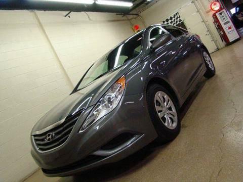 2012 Hyundai Sonata for sale at Luxury Auto Finder in Batavia IL
