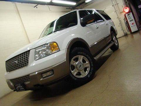 2003 Ford Expedition for sale at Luxury Auto Finder in Batavia IL
