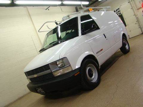 2000 Chevrolet Astro Cargo for sale at Luxury Auto Finder in Batavia IL
