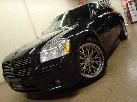 2005 Dodge Magnum for sale at Luxury Auto Finder in Batavia IL