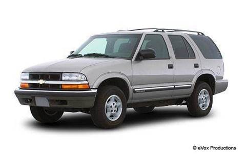 2001 Chevrolet Blazer for sale at Luxury Auto Finder in Batavia IL