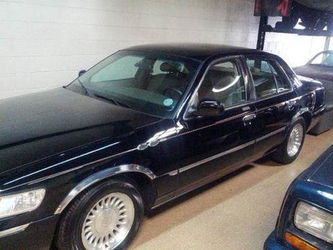1999 Mercury Grand Marquis for sale at Luxury Auto Finder in Batavia IL